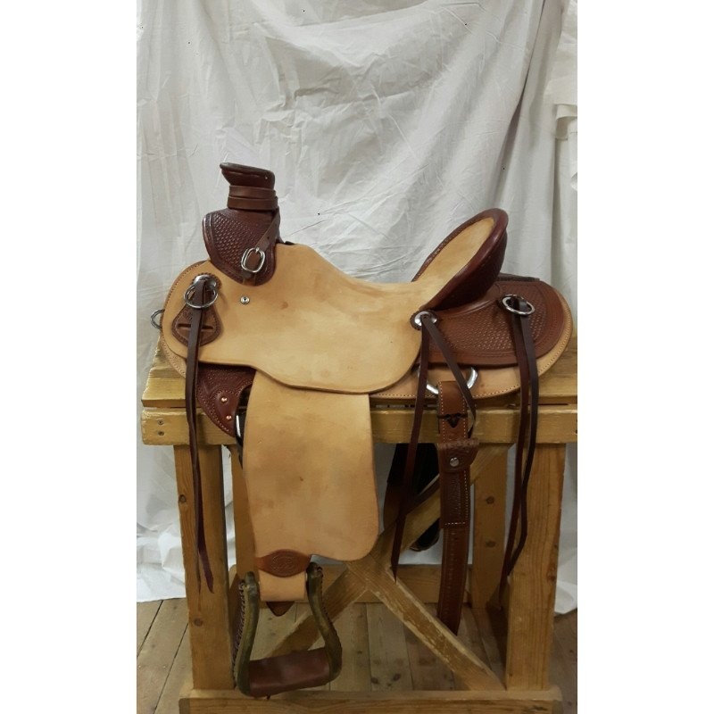 Brazos wade saddle with cognac accents
